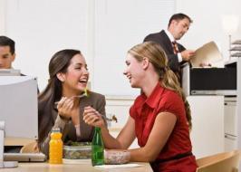 أسباب تمنعك من إهمال وجبة الغداء في العمل