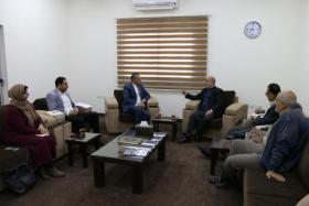 الباشا: وزارة المالية في رام الله تحصل نحو 85% من إيرادات غزة الشهرية