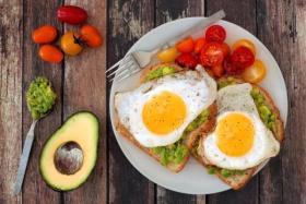تفويت وجبة الإفطار وتأخير وجبة العشاء يزيد من خطر النوبة القلبية!