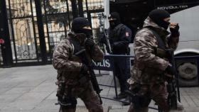 مصدر أمني: أحد معتقلي تركيا بالتجسس مطلوب خطير بغزة