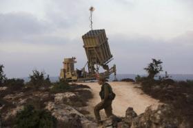 جيش الاحتلال يعزز القبة الحديدية وتقديرات بعملية لحماس