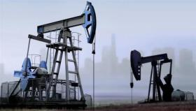النفط يسجل أعلى مستوى في أكثر من شهر