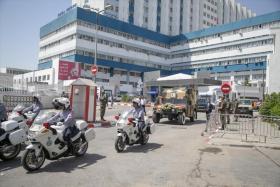 شاهد نقل جثمان الرئيس التونسي الراحل الباجي قائد السبسي