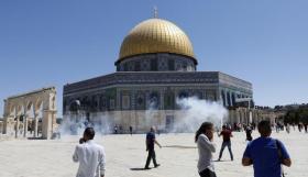 """وزير إسرائيلي يدعو لتغيير """"الوضع القائم"""" في الأقصى"""
