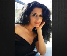 """ناشطة سورية تكشف عن """"مغامراتها الجنسية"""" دون زواج وتشعل """"السوشيال ميديا""""!"""
