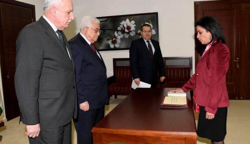 بالوثائق..  سفيرة فلسطين بهولندا متهمة بالفساد والعمالة للاحتلال