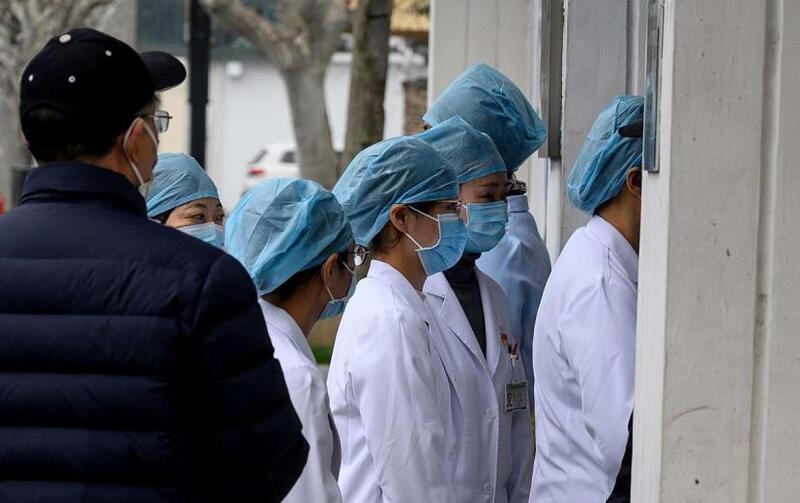 العالم يُسجل انخفاضاً بمعدل الإصابات اليومية بفيروس كورونا