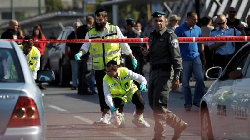 جيش الاحتلال يطلق النار على فلسطينيين بزعم محاولة تنفيذ عملية طعن قرب رام الله
