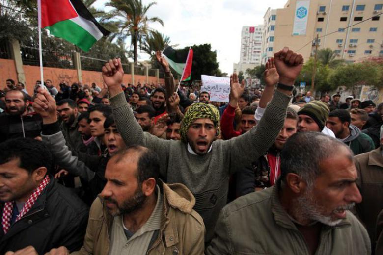 البنك الدولي: توقعات بزيادة نسبتي الفقر والبطالة في الضفة وغزة