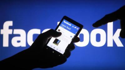 """تحديث جديد الشهر القادم.. """"فيسبوك"""" ينهي مظهره الكلاسيكي"""