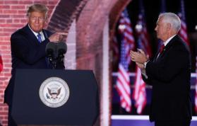 ترامب يرفض التعهد بنقل سلمي للسلطة إذا خسر الانتخابات.. وبايدن يعلق: في أي بلد نعيش؟
