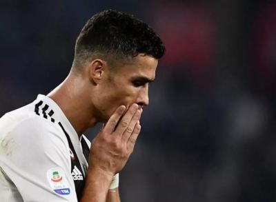 بسبب إصابته بكورونا: رونالدو قد يدفع غرامة!