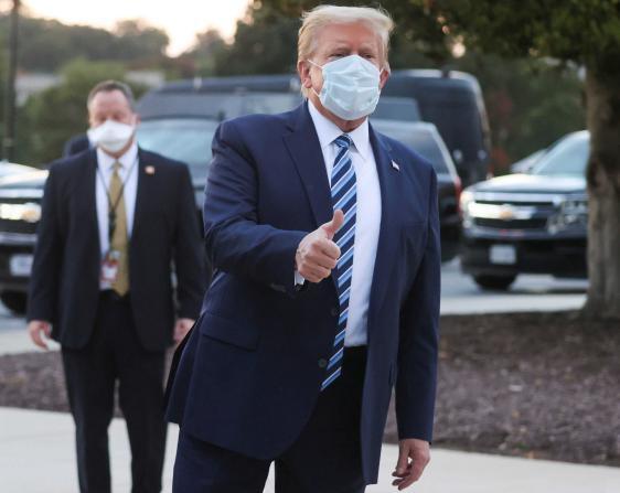 صحيفة أمريكية تكشف عن تكلفة علاج ترامب من كورونا