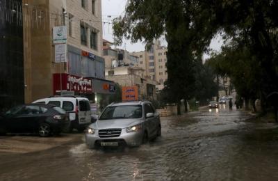 آخر تطورات المنخفض الجوي الذي تتعرض له فلسطين غدًا