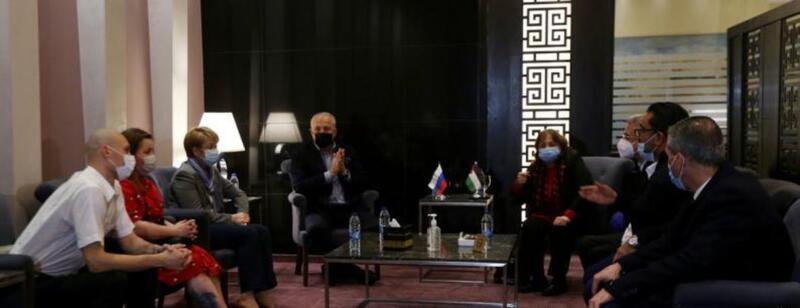 الصحة الفلسطينية تستقبل وفدا طبيا روسيا متخصصا بعلاج مرضى