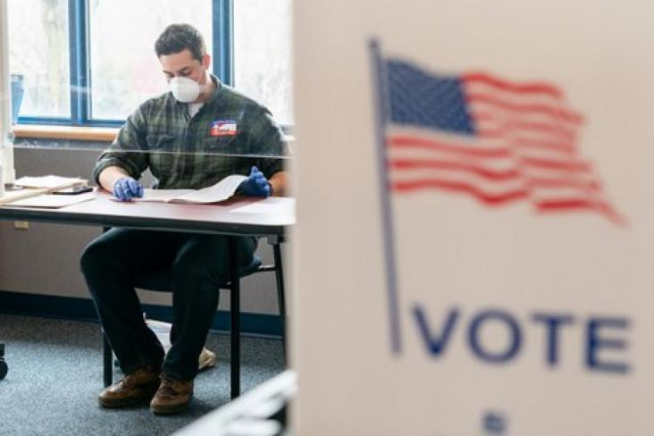قلق يجتاح مسؤولي الانتخابات الأميركية.. وتنديد بـ