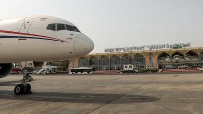 اليمن : قتلى وجرحى من جراء انفجارات وقعت في مطار عدن