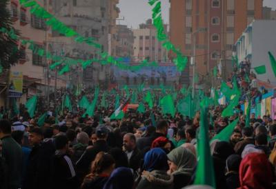 من منزل الشيخ أحمد ياسين حماس تعلن بدء فعاليات انطلاقتها الـ33