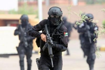 الخليل.. إصابة مواطنين خلال اشتباك مسلح بين قوى الأمن ومجهولين في المدينة