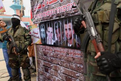 قناة عبرية: القاهرة استدعت حماس وإسرائيل لإجراء مباحثات غير مباشرة حول صفقة تبادل الأسرى