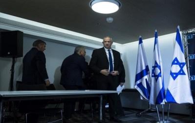 إسرائيل: مشاورات حكومية لتمديد الإغلاق حتى نهاية الشهر الجاري