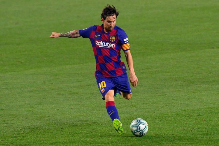 ماذا يريد ميسي للبقاء مع برشلونة؟