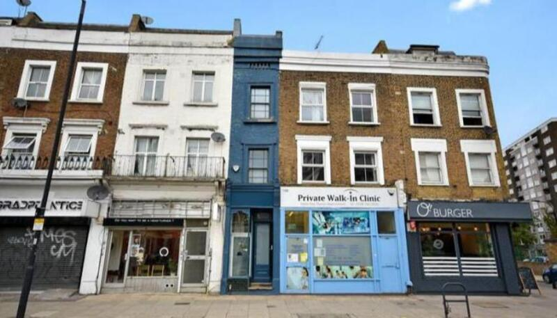 أضيق منزل في لندن للبيع.. كم سعره؟ (صور)