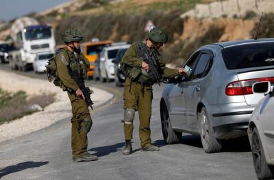 جيش الاحتلال يُعيد فتح الحواجز مع الضفة الغربية