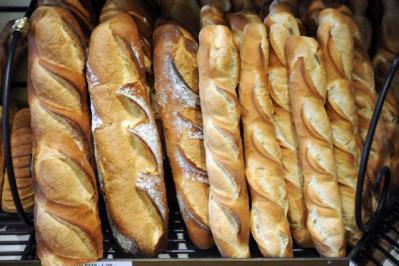 فرنسا ترشح خبز الباغيت إلى قائمة اليونسكو للتراث