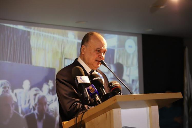أول تعقيب من ناصر القدوة على قرار إقالته من إدارة مؤسسة ياسر عرفات