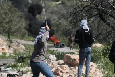 حملة اعتقالات بالضفة الغربية وإصابات في مواجهات بالقدس