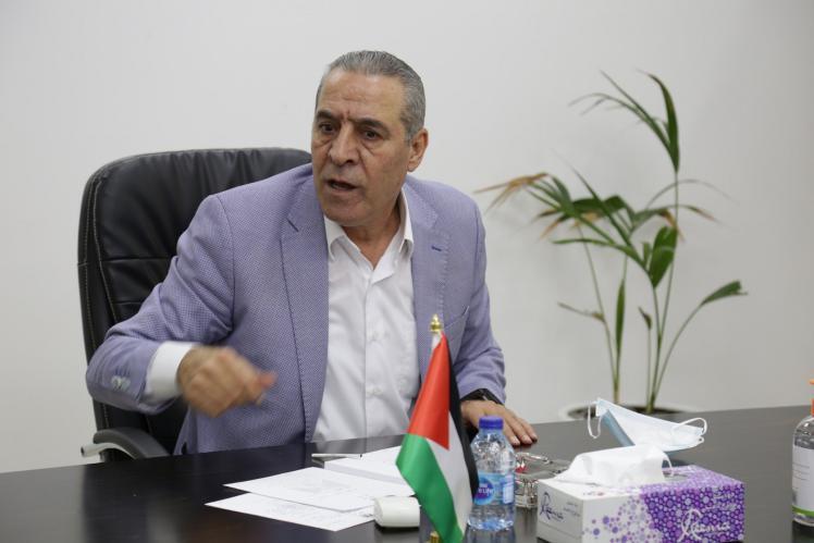 الوزير الشيخ يعلّق على إعادة المساعدات الأميركية للفلسطينيين