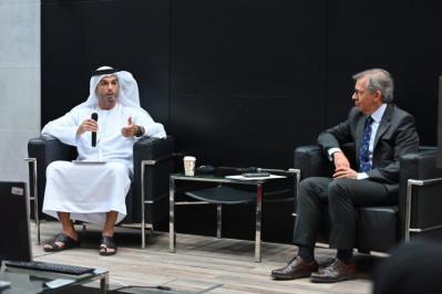 سفير الإمارات لدى إسرائيل: أبوظبي تتخطى كل ما هو ممكن لتحقيق السلام الدائم