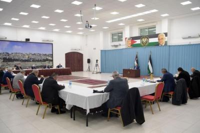قيادي في حركة فتح يكشف عن خبايا اجتماع المركزية يوم أمس