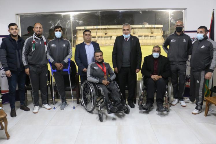 هنية يكرم أبطال فلسطين في ملتقى تونس لذوي الإرادة