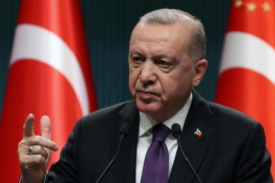 أردوغان: تركيا تسير بخطى واثقة لتكون قاعدة إنتاج إقليمية للهواتف الذكية
