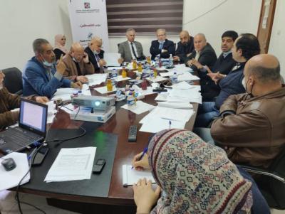 لجنة الانتخابات تجتمع بممثلي الفصائل بغزة وتطلعهم على شروط الترشح