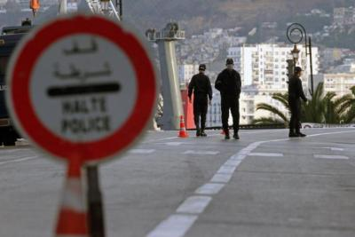 5 شبان يقدمون على محاولة انتحار حرقا في الجزائر