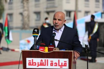 توفيق أبو نعيم ومسؤولين آخرين يتقدمون باستقالتهم من مناصبهم الحكومية بغزة
