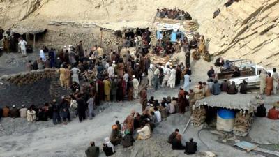 تفاصيل العثور على مقبرة جماعية لعمال مفقودين في باكستان