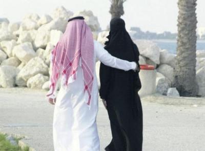 شاهد: فتاة سورية تثير الجدل بزواجها من عجوز سعودي حين كانت قاصر وهذا ما كان يحدث لها!