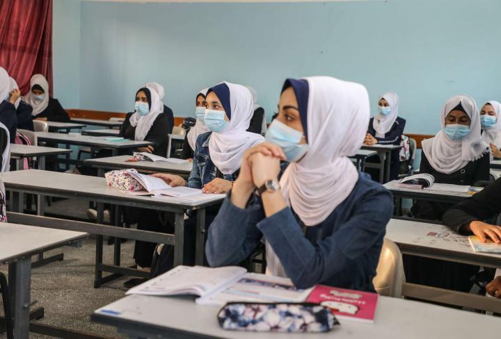 التعليم بغزة: ذاهبون في الفصل الثاني إلى عقد الاختبارات النهائية وجاهيًا