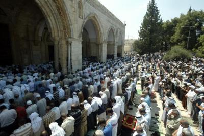 """حركة حماس تدعو للزحف نحو الأقصى وشد الرحال إليه بـ """"رمضان"""""""