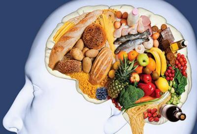 أهم الأطعمة التي تحافظ على صحة الدماغ