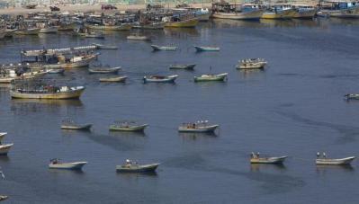 الاحتلال يعيد فتح منطقة الصيد في غزة الى 15 ميل