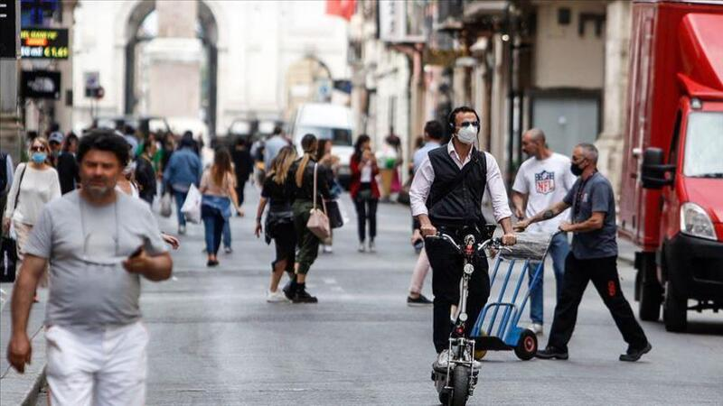 إيطاليا ترصد 5948 إصابة و256 وفاة جديدة بـ (كورونا)