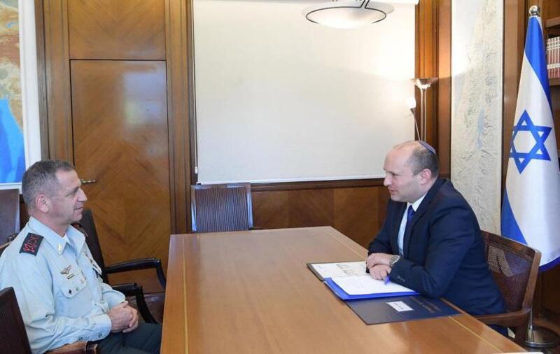 بينيت يناقش مع كوخافي أهمية تطبيق خطة