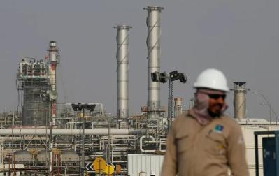 العراق يتوقع أن يصل سعر النفط إلى 80 دولارا