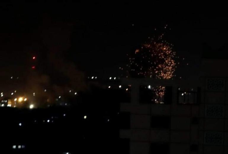 إسرائيل: الرد على البالونات الحارقة سيكون عقب انتهاء مسيرة الأعلام