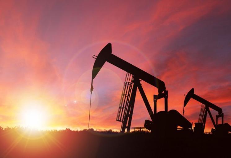 النفط يخسر الزخم وسط طغيان المخاوف من أسوأ أزمة صحية في قرن